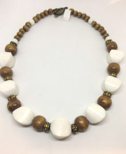 Coral and wood necklace